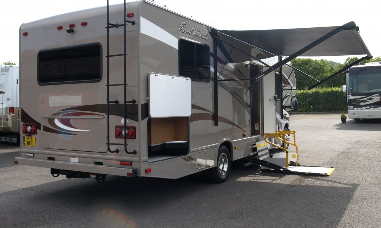 Wheelchair Accessible Rv 39 S Signature Motorhomes