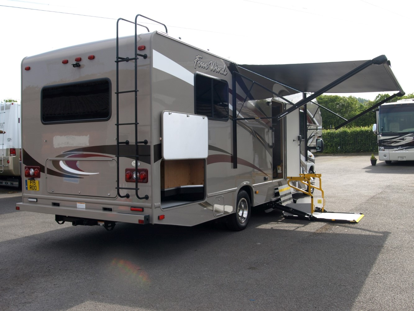 Wheelchair Accessible Rv S Signature Motorhomes